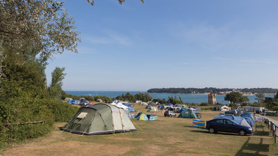 IOW-Nodes - Camping Area (© Park Resorts)