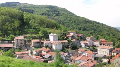In the region: Montoulieu (ariège) vue générale (© By BastienM (Self-photographed) [GFDL (http://www.gnu.org/copyleft/fdl.html) or CC BY-SA 3.0 (http://creativecommons.org/licenses/by-sa/3.0)], via Wikimedia Commons (GFDL copy: https://en.wikipedia.org/wiki/GNU_Free_Documentation_License, original photo: https://commons.wikimedia.org/wiki/File:Montoulieu_(ari%C3%A8ge)_vue_g%C3%A9n%C3%A9rale.jpg))