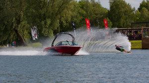Talington Lakes Lakeside Bar Waterski - Water skiing at Tallington Lakes