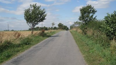 Carr Lane, Ulceby Skitter  (© © Copyright Jonathan Thacker (https://www.geograph.org.uk/profile/46229) and licensed for reuse (https://www.geograph.org.uk/reuse.php?id=2003812) under this Creative Commons Licence (https://creativecommons.org/licenses/by-sa/2.0/).)