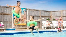 SP_kids_pool_900x600