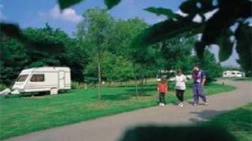 Picture of Burford Caravan Club Site, Oxfordshire