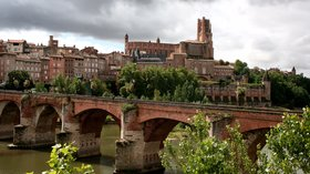 Albi (© By Marion Schneider & Christoph Aistleitner --- Contact: Mediocrity (Own work) [Public domain], via Wikimedia Commons)