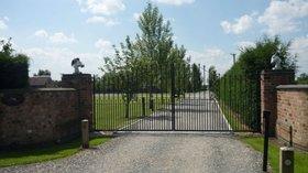 Holidays in Warwickshire - Atherstone Stables Caravan Park