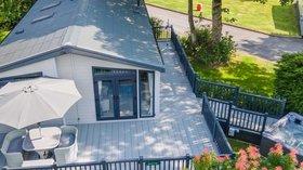 Hot tub holidays in Scotland - Lilliardsedge Holiday Park & Golf Club, Roxburghshire