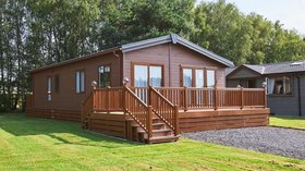 Holidays in Cheshire - Oakmere Country Park