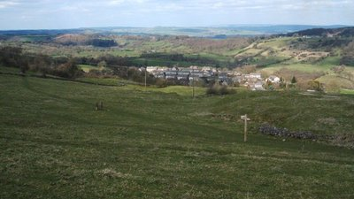 View of Winster from Limestone Way  (© © Copyright Peter Barr (https://www.geograph.org.uk/profile/28954) and licensed for reuse (http://www.geograph.org.uk/reuse.php?id=1230549) under this Creative Commons Licence (© Copyright Peter Barr and licensed for reuse under this Creative Commons Licence).)