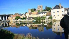 Château_de_Beaumont-sur-Sarthe