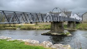 Cockermouth, Millers Bridge (© © Copyright David Dixon (http://www.geograph.org.uk/profile/43729) and licensed for reuse (http://www.geograph.org.uk/reuse.php?id=3932995) under this Creative Commons Licence (https://creativecommons.org/licenses/by-sa/2.0/))