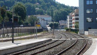 Nearby: Gare de Besançon Mouillère côté Morteau (© By Vincent de Morteau (Own work) [GFDL (http://www.gnu.org/copyleft/fdl.html) or CC BY-SA 3.0 (http://creativecommons.org/licenses/by-sa/3.0)], via Wikimedia Commons (GFDL copy: https://en.wikipedia.org/wiki/GNU_Free_Documentation_License, original photo: https://commons.wikimedia.org/wiki/File:Gare_de_Besan%C3%A7on_Mouill%C3%A8re_c%C3%B4t%C3%A9_Morteau.JPG))