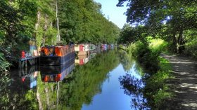 Rochdale Canal  (© © Copyright David Dixon (https://www.geograph.org.uk/profile/43729) and licensed for reuse (http://www.geograph.org.uk/reuse.php?id=2525501) under this Creative Commons Licence (https://creativecommons.org/licenses/by-sa/2.0/).)