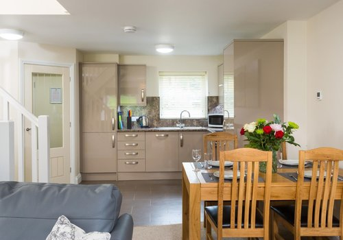Photo of Holiday Home/Static caravan: Western Belle 2-Bed Pet-Friendly Cottage