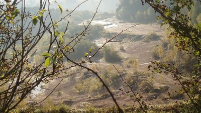 Site of Whitecliff Quarry near Coleford  (© © Copyright Paul Thomas (https://www.geograph.org.uk/profile/13429) and licensed for reuse (http://www.geograph.org.uk/reuse.php?id=589985) under this Creative Commons Licence (https://creativecommons.org/licenses/by-sa/2.0/).)