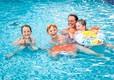2015-Alberta-Swimming-Pool-Family-Posing-Smiling--(4)
