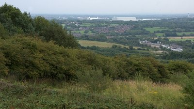 View to Wigan from Parbold Hill close to the caravan park (© © Copyright Mike Pennington (https://www.geograph.org.uk/profile/9715) and licensed for reuse (http://www.geograph.org.uk/reuse.php?id=2542196) under this Creative Commons Licence (https://creativecommons.org/licenses/by-sa/2.0/).)