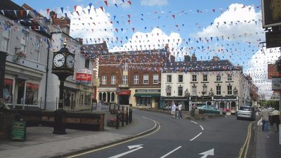 Bunting, in St John's Street, Ashbourne (© © Copyright Roger Cornfoot (http://www.geograph.org.uk/profile/8800) and licensed for reuse (http://www.geograph.org.uk/reuse.php?id=1409114) under this Creative Commons Licence (https://creativecommons.org/licenses/by-sa/2.0/).)