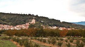In the region of Pyrénées-Orientales: Bouleternère (© By Meria z Geoian (Own work) [CC BY-SA 3.0 (http://creativecommons.org/licenses/by-sa/3.0)], via Wikimedia Commons (original photo: https://commons.wikimedia.org/wiki/File:Bouletern%C3%A8re,_Pyr%C3%A9n%C3%A9es-Orientales,_France.jpg))