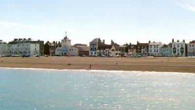 Deal seafront (© Shantavira at en.wikipedia [Public domain])