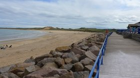 The esplanade at Fraserburgh close to the caravan site (© © Copyright Gordon Brown (https://www.geograph.org.uk/profile/1876) and licensed for reuse (http://www.geograph.org.uk/reuse.php?id=4572453) under this Creative Commons Licence (https://creativecommons.org/licenses/by-sa/2.0/).)