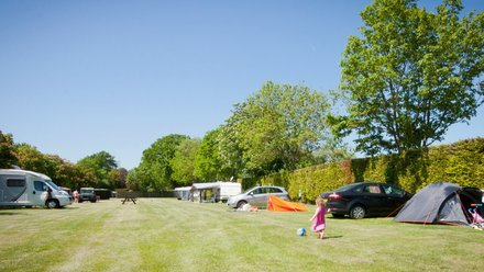 Broadhembury Caravan and Camping Park holiday in Kent - The family park