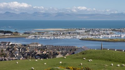 Pwllheli_from_Pen_Y_Garn (2)