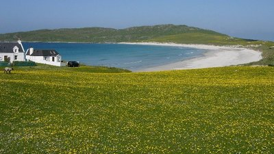 Traigh Bhi, Balephuil Bay, Isle of Tiree, The Hebrides (© © Copyright Irvine Smith (http://www.geograph.org.uk/profile/3907) and licensed for reuse (http://www.geograph.org.uk/reuse.php?id=89210) under this Creative Commons Licence (https://creativecommons.org/licenses/by-sa/2.0/).)