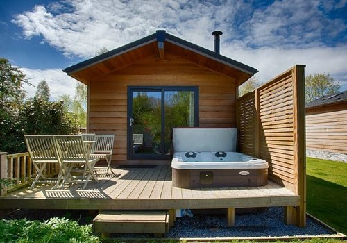 Photo of Lodge: Dog-Friendly Riverside Lodge with Hot Tub