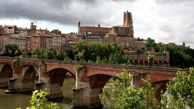 In the region - Albi in Midi-Pyrenees (© By Marion Schneider & Christoph Aistleitner --- Contact: Mediocrity (Own work) [Public domain], via Wikimedia Commons)