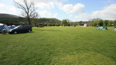 Hardhurst Farm Campsite - Main Photo - This is a lovely picture of the nice open space of the Hardhurst Farm Campsite.