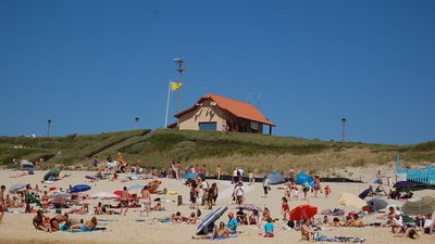 Plage Biscarrosse (© By KoS (Own work) [Public domain], via Wikimedia Commons)