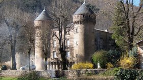 In the region - Château du Rey (Gard) (© By Groumfy69 (Own work) [Public domain], via Wikimedia Commons)