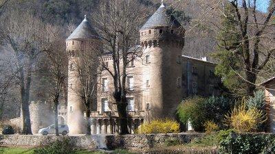 In the region - Château du Rey (Gard) (© By Groumfy69 (Own work) [Public domain], via Wikimedia Commons)