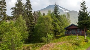 Mountain holidays - Portnellan log cabins, Scotland