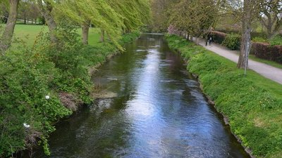 River Idle in Retford  (© © Copyright David Martin (https://www.geograph.org.uk/profile/13502) and licensed for reuse (https://www.geograph.org.uk/reuse.php?id=5351070) under this Creative Commons Licence (https://creativecommons.org/licenses/by-sa/2.0/).)