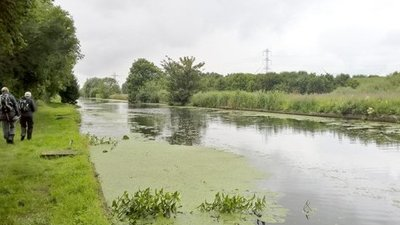 Sheffield and South Yorkshire Navigation, Stainforth and Keadby Canal close to the caravan site (© © Copyright Chris Morgan (https://www.geograph.org.uk/profile/69729) and licensed for reuse (http://www.geograph.org.uk/reuse.php?id=4590760) under this Creative Commons Licence (https://creativecommons.org/licenses/by-sa/2.0/).)