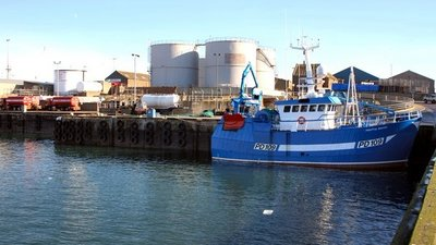 Blubber Box Quay, Peterhead harbour near the caravan park (© © Copyright Martyn Gorman (https://www.geograph.org.uk/profile/6287) and licensed for reuse (http://www.geograph.org.uk/reuse.php?id=176537) under this Creative Commons Licence (https://creativecommons.org/licenses/by-sa/2.0/).)