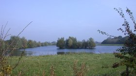 Fen Drayton Lakes nature reserve  (© © Copyright Keith Edkins (https://www.geograph.org.uk/profile/11413) and licensed for reuse (https://www.geograph.org.uk/reuse.php?id=581984) under this Creative Commons Licence (https://creativecommons.org/licenses/by-sa/2.0/).)