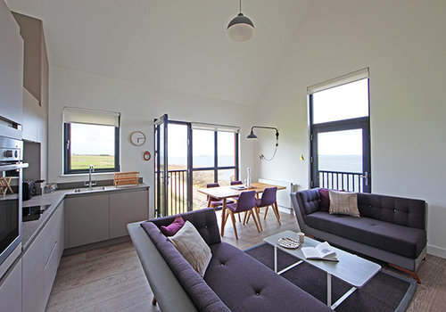 Photo of Holiday Home/Static caravan: 4 Bed Luxury Apartment