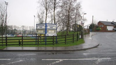 Stevenson Park home to Dungannon Rugby Club (© Willie Duffin [CC BY-SA 2.0 (https://creativecommons.org/licenses/by-sa/2.0)], via Wikimedia Commons (original photo: https://commons.wikimedia.org/wiki/File:Stevenson_Park_home_to_Dungannon_Rugby_Club_-_geograph.org.uk_-_1154783.jpg))