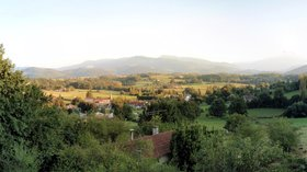 In the region: Pano of Ganties Haute Garonne, France from balcony (© By Nickj (Own work) [CC BY-SA 3.0 (http://creativecommons.org/licenses/by-sa/3.0) or GFDL (http://www.gnu.org/copyleft/fdl.html)], via Wikimedia Commons (GFDL copy: https://en.wikipedia.org/wiki/GNU_Free_Documentation_License, original photo: https://commons.wikimedia.org/wiki/File:Pano-of-Ganties-Haute-Garonne-France-from-balcony.jpg))