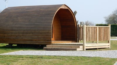 Camping Pod - We have 2 cosy camping pods to rent (© LCP)