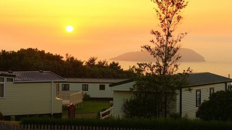 View out to sea - enjoy beautiful sunsets and views over the ocean at Tantallon