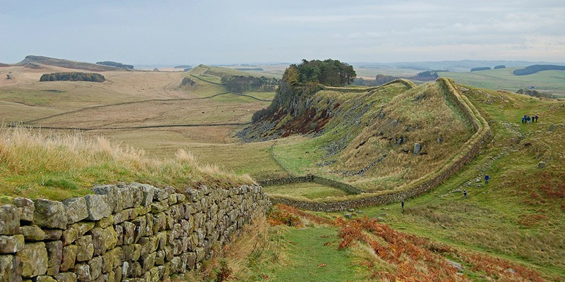 Walking Trails: A Guide to the National Trails in North-West England - Hadrian's Wall