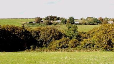 Wadham Knowstone Devon Panorama (© By (Lobsterthermidor (talk) 20:44, 20 April 2015 (UTC)) (own photo) [Public domain], via Wikimedia Commons)