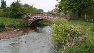 Bridge over the River Dane  (© © Copyright Dave Dunford (https://www.geograph.org.uk/profile/1974) and licensed for reuse (http://www.geograph.org.uk/reuse.php?id=1289702) under this Creative Commons Licence (https://creativecommons.org/licenses/by-sa/2.0/).)