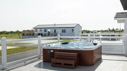 Lincolnshire hot tub holidays - Grange Leisure Park, Mablethorpe