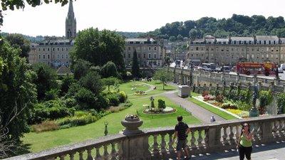 Park in Bath (© By Adrian Pingstone (Arpingstone) (Own work) [Public domain], via Wikimedia Commons)