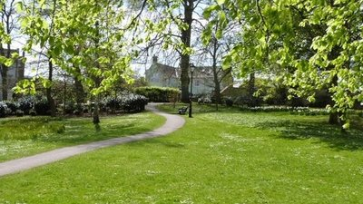 Footpath to The Seal, Hexham, Northumberland  (© © Copyright Derek Voller (https://www.geograph.org.uk/profile/34885) and licensed for reuse (http://www.geograph.org.uk/reuse.php?id=3463127) under this Creative Commons Licence (https://creativecommons.org/licenses/by-sa/2.0/).)
