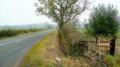 Edge of the B4213  - Looking east towards Tirley. (© © Copyright Jonathan Billinger (https://www.geograph.org.uk/profile/8569) and licensed for reuse (http://www.geograph.org.uk/reuse.php?id=1535938) under this Creative Commons Licence (https://creativecommons.org/licenses/by-sa/2.0/).)