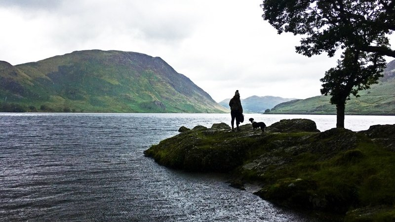 Lake District - Lauren with her dog outdoors in the Lake District (© © 2017 Lauren Williams)